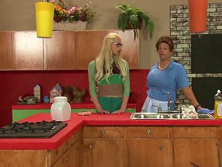 ANYPORN @ Shemale Brady Bunch Parody With A Blonde Tgirl Having Anal Sex
