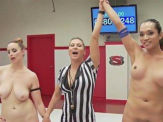 REDTUBE @ Ts Jessica Fox Fights Bella Rossi